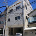 岡田ビル1階
